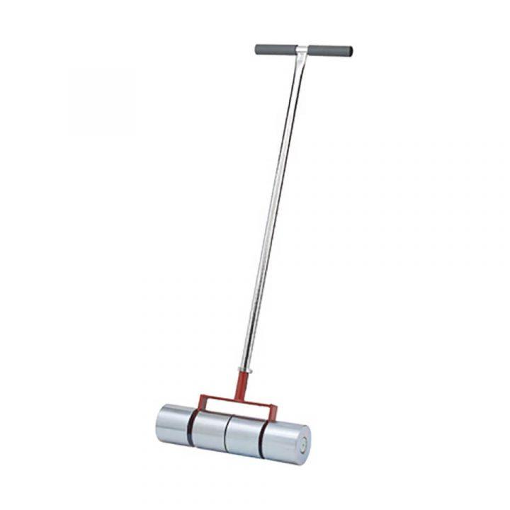 alati-podpolaganje-ljepljenje-vruce-varenje-PVC-linoleum-valjak-50-kg-2-diad