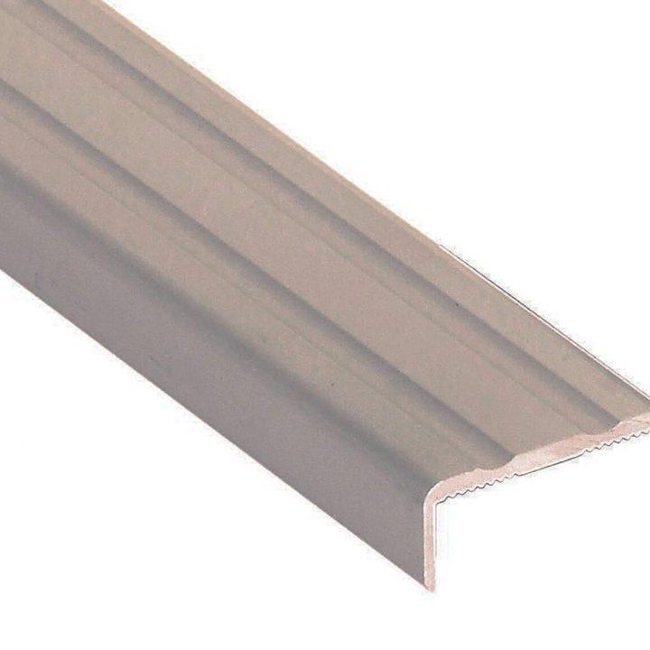 Stepenišni profil 25-10 mm samoljepljivi
